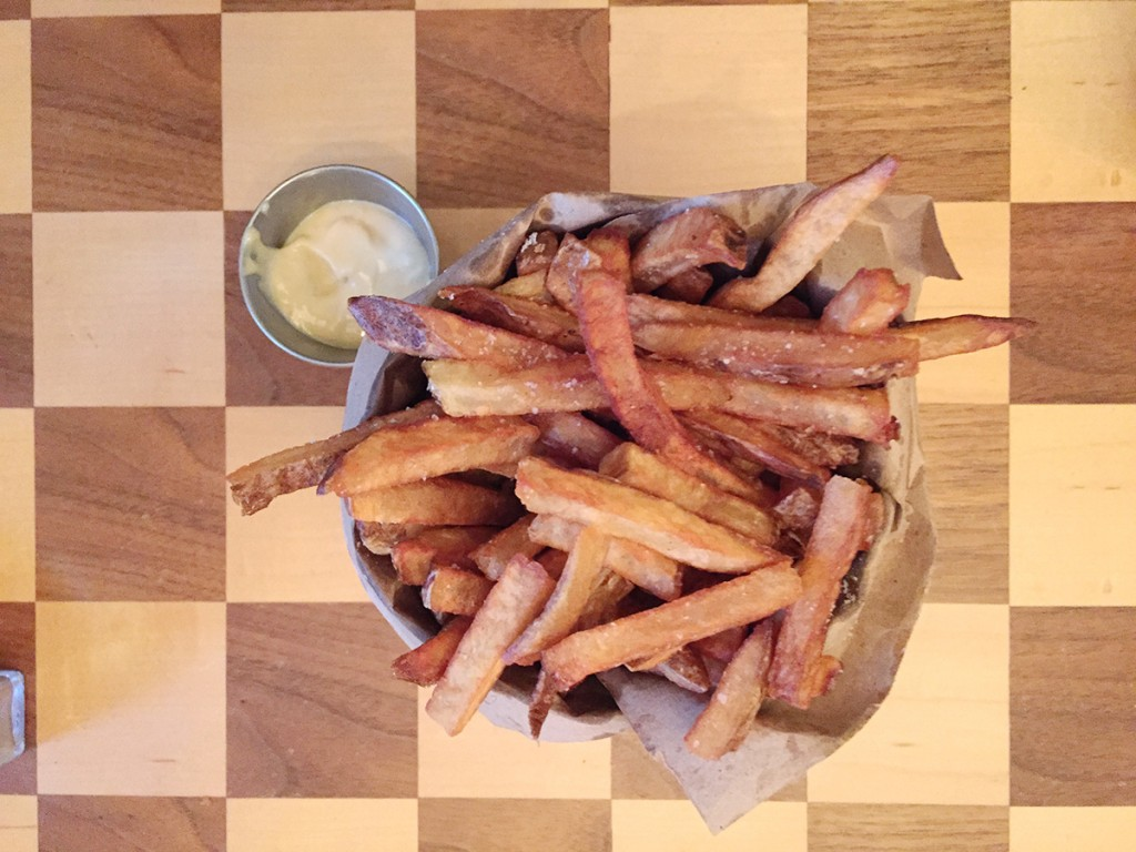 hanhgry.com | french fries with aioli