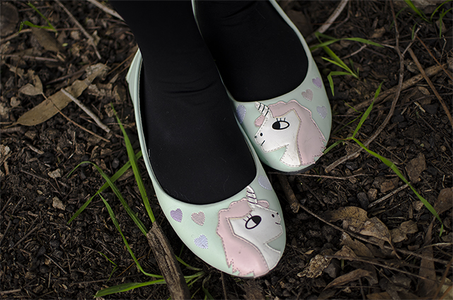 hanhgry.com: mint green unicorn flats