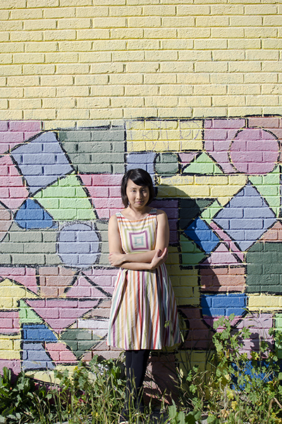 hanhgry.com | rainbow dress in front of pastel mural