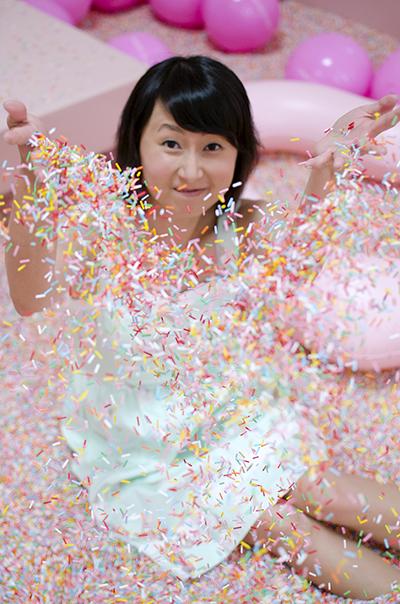 hanhgry.com | museum of ice cream sprinkle pool