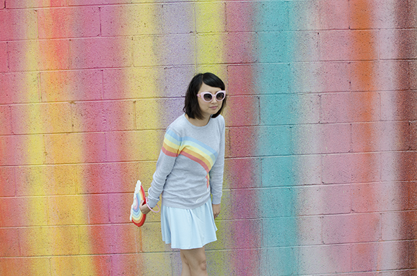 hanhgry.com | rainbow sweater and clutch