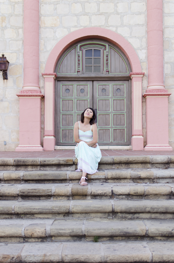 hanhgry.com | modcloth dress, sitting on the steps at Old Mission Santa Barbara