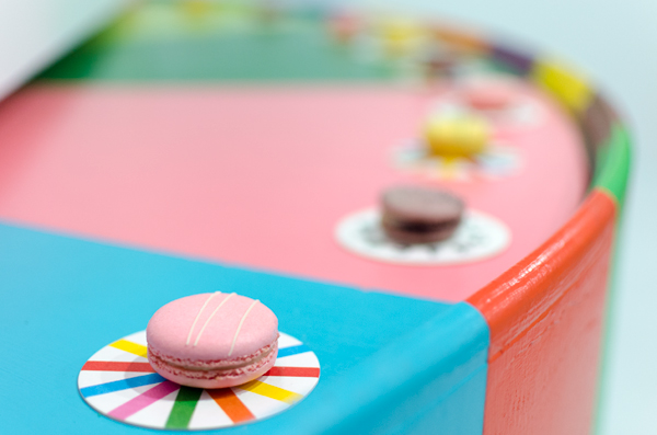 hanhgry.com | color factory macaron display