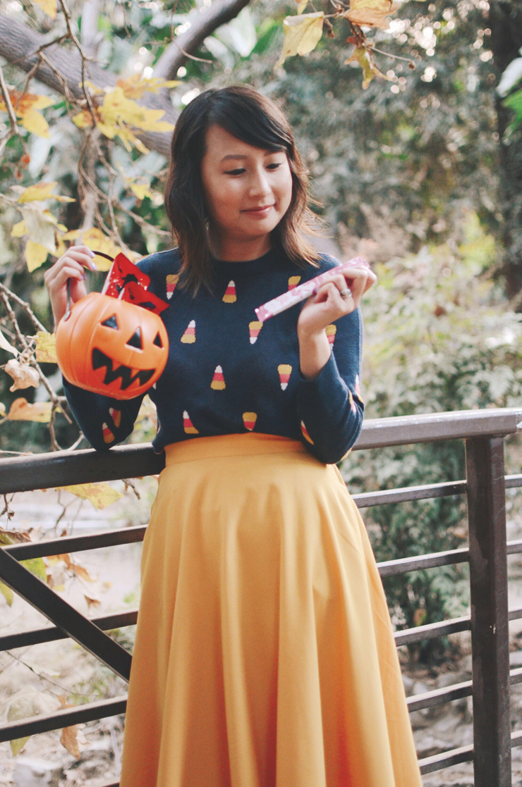 hanhgry.com | modcloth candy corn sweater and halloween